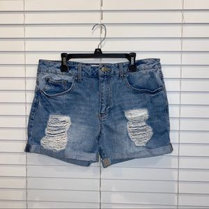 Forever 21 distressed jean short